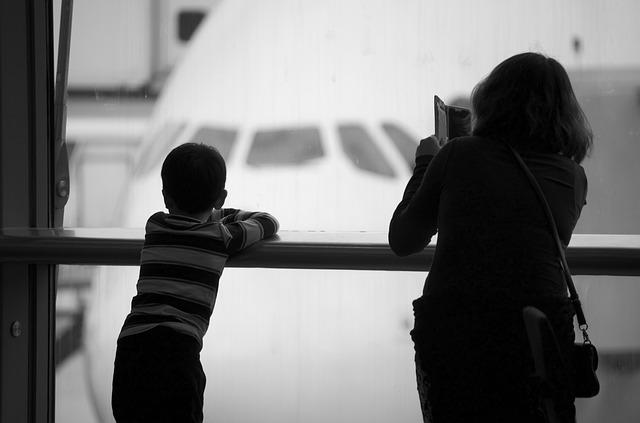 子どもが増えて3人になったので、海外旅行保険を変えました