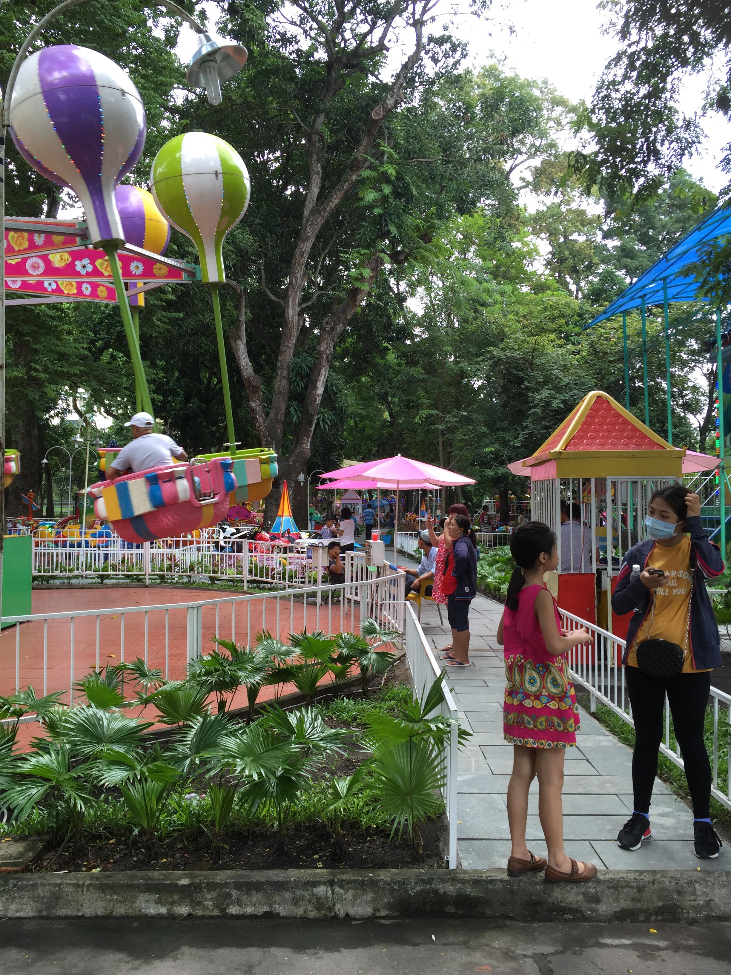 子どもは観光なんかにゃ興味ない! (2)サイゴン動植物園に行きました